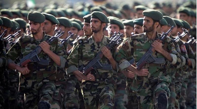 Iran defies US warning, deploys missile during war game