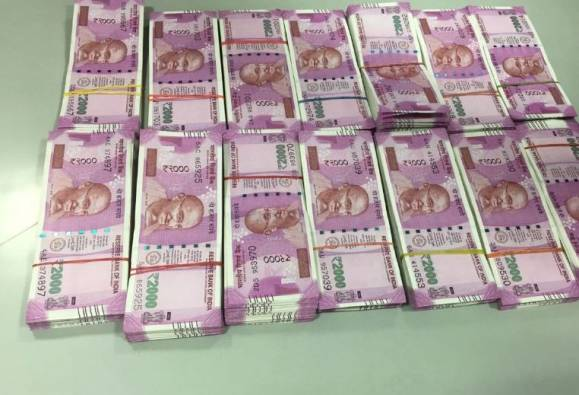 Panipuri costs this accountant from Ahmedabad Rs 5 Lakh