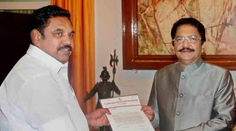 15 days deadline to Palaniswami to prove majority