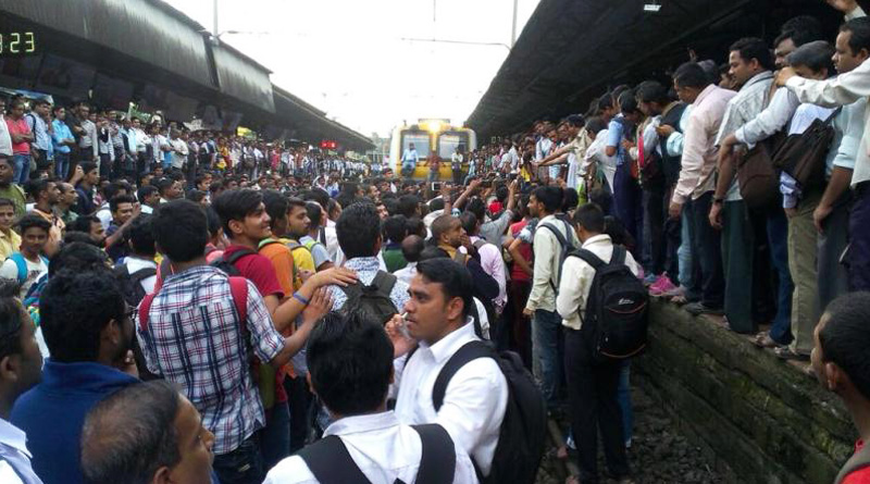 North 24 Pargana: train service interrupted due to protest