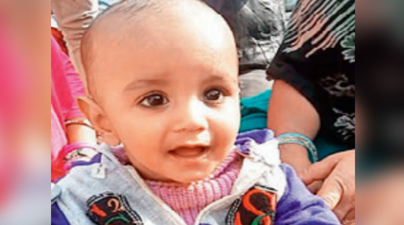 one year toddler died after fall in a bucket filled with water in Ghaziabad's Loni