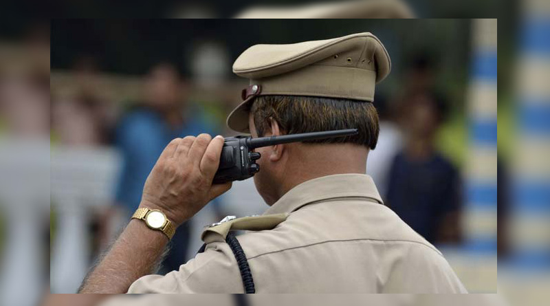 No salary for months, Mumbai cop asks permission to beg in uniform