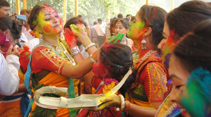Visva-Bharati University restrict Basanta Utsav in Shantiniketan