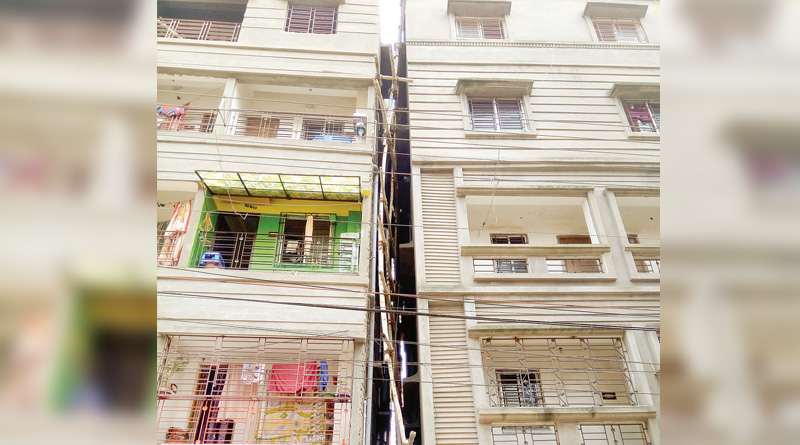 Flats seems like leaning tower of Pisa, creates tension