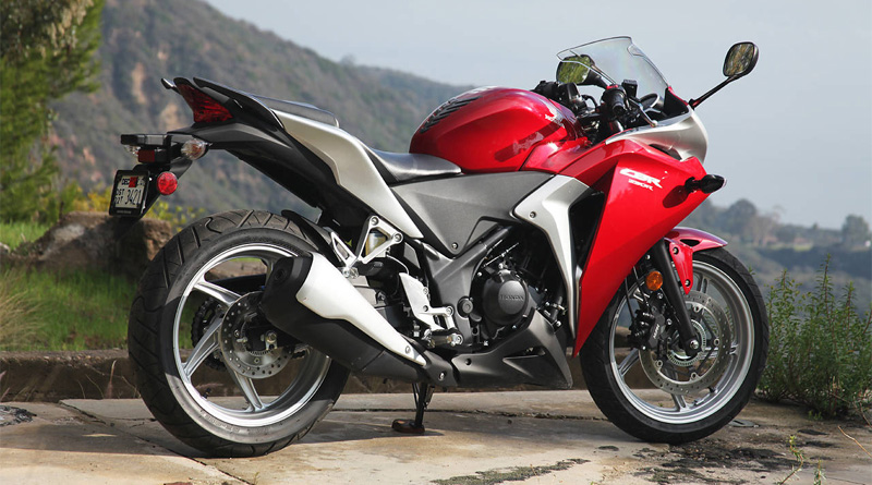 Two-wheeler dealers offer up to Rs 22,000 discount