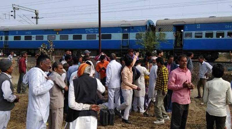 Explosion in Bhopal-Ujjain passenger train, 8 passengers injured