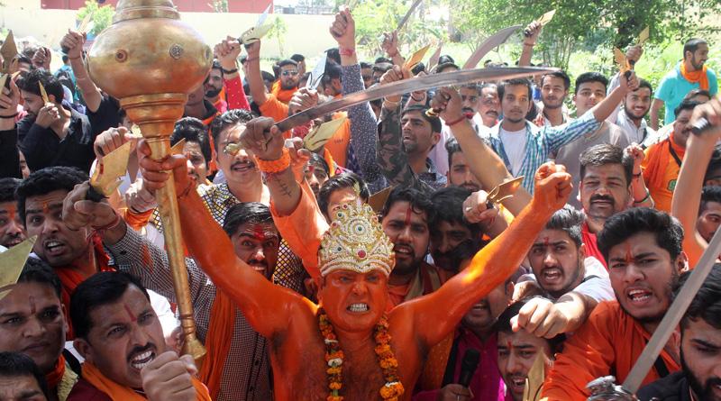 Bajrang Dal activists allegedly beaten up cops, set ablaze police van in Agra