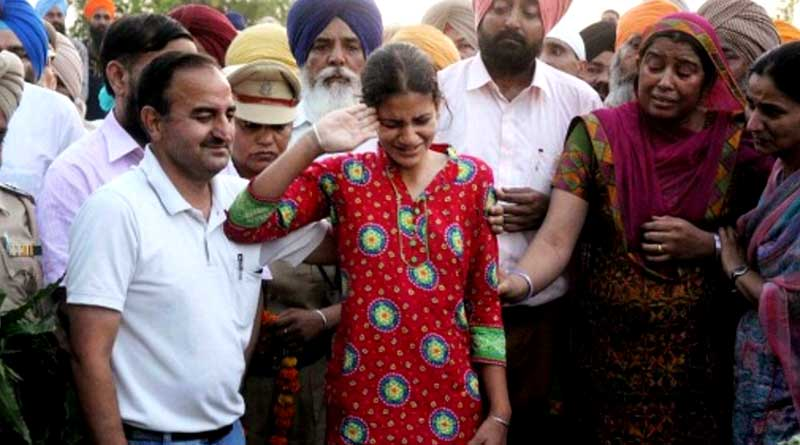IAS officers to adopt families of martyred
