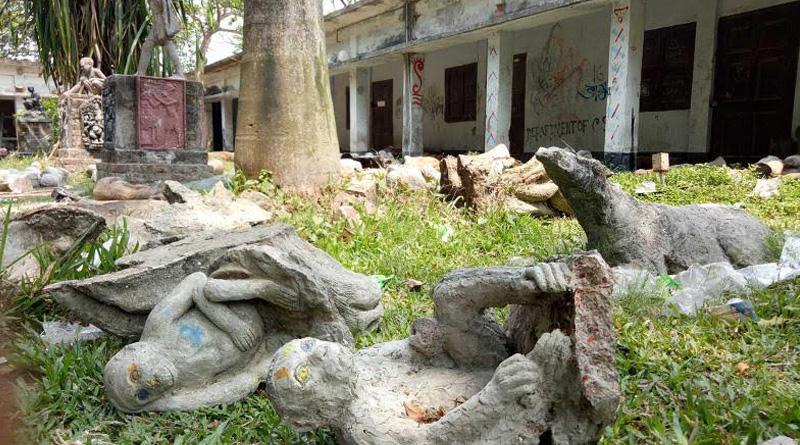 Tension in Rajshahi University over demolition of 'Blasphemous' statues