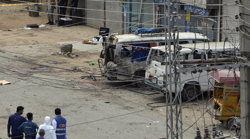 Suicide blast in Pakistan leaves 4 dead, many injured