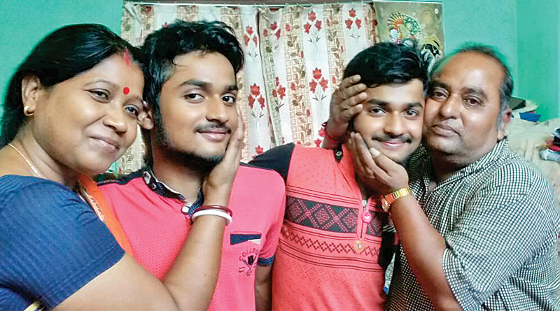 Twin Brothers Got Same Number In Madhyamik Exam Of 2017