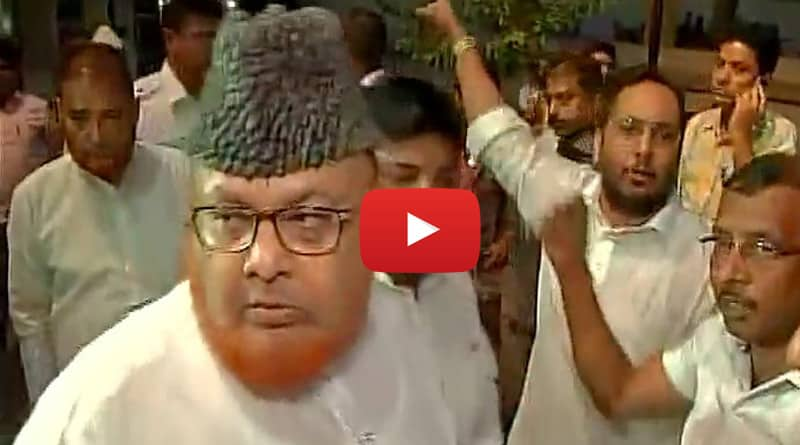 Jamiat Ulema-e-Hind protested outside Kolkata's Tipu Sultan Mosque, clashed with supporters of Maulana Noor-ur Rehman Barkati