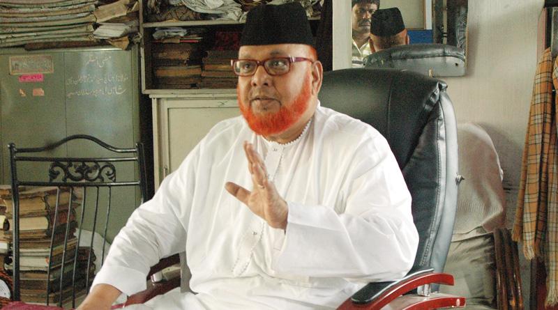 Imam Barkati cave into pressure, removes red beacon