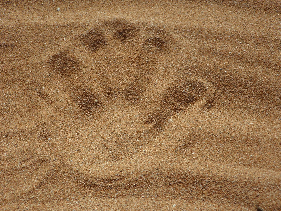 sand-138879_960_720