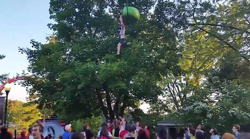 Watch! Teen falls from fun ride, crowd catches her
