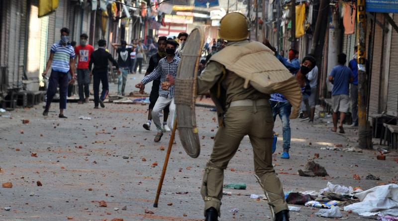Fierce clashes erupt in Kashmir following Eid prayers