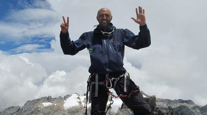 Dreams of a Refugee : From the Middle East to Everest