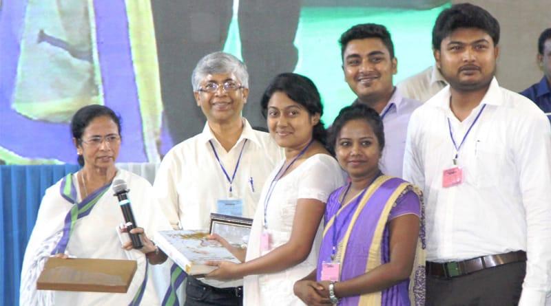 Now Mamata Banerjee's Kanyashree benefit extended to university students