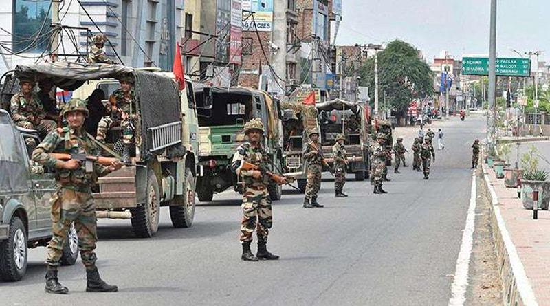 Kashmir: security forces foil infiltration bid , 2 militants killed