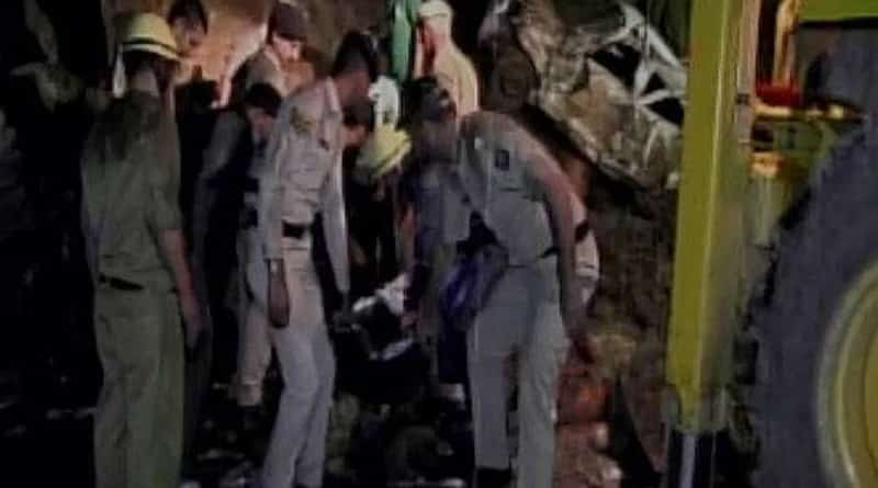 Due to landslide bus fell down into a gorge near Mandi, 30 feared dead