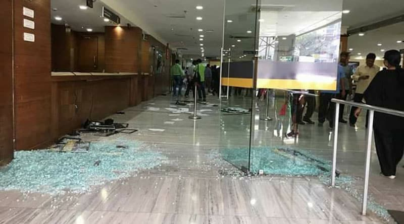 Kin ransack hospital in kolkata after patient's death