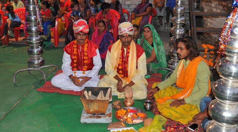 Indore men tie knot to appease rain god