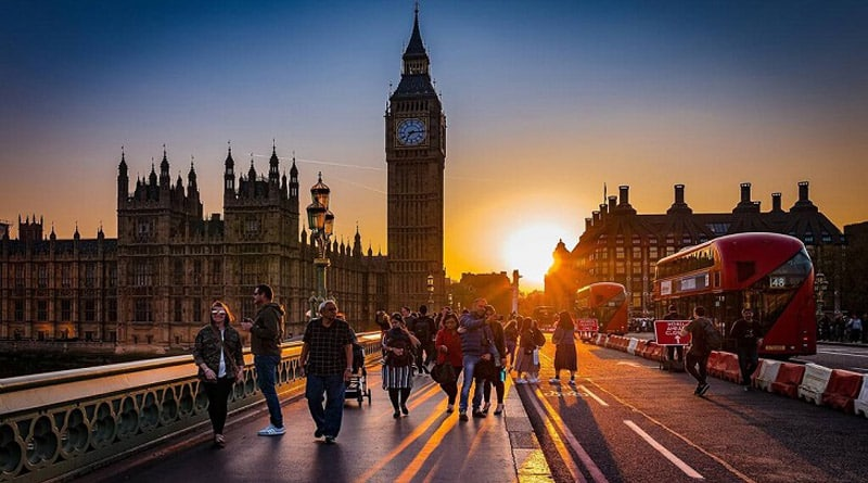 London's Big Ben will cease bongs for 4 years
