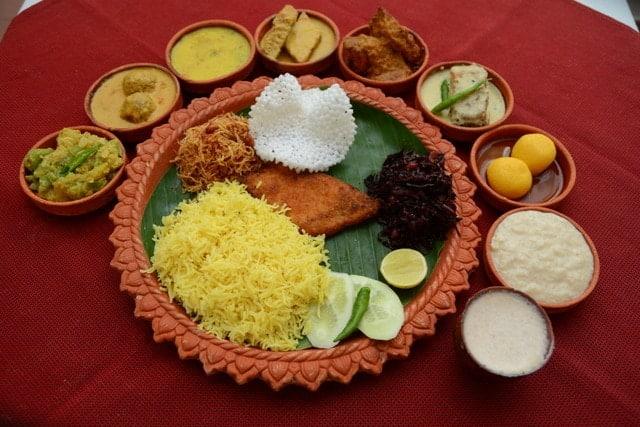 1475837804-bengali-food-durga-puja