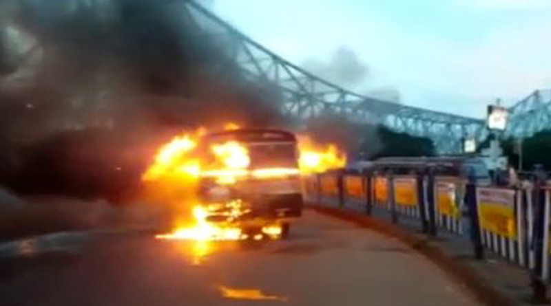 HOWRAH-BUS-FIRE