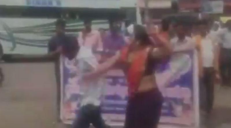 BJP leader hurls abuses, slaps man during cleanliness drive