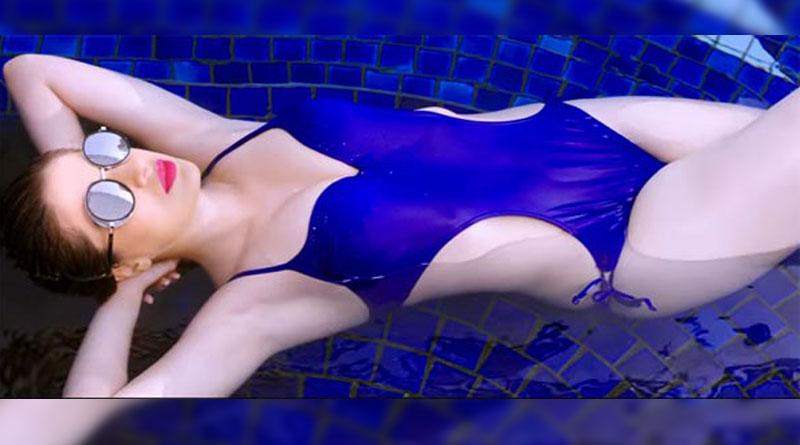 Julie 2 hot scenes leaked, Raai Laxmi slams media