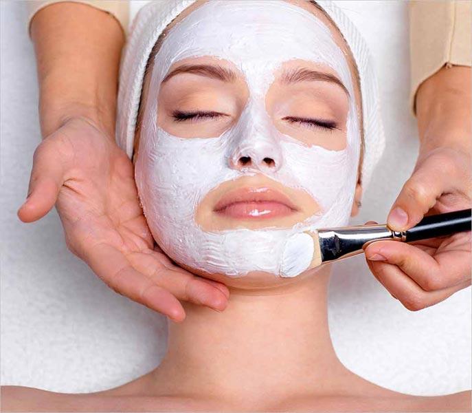ladies-facial-services_1171998
