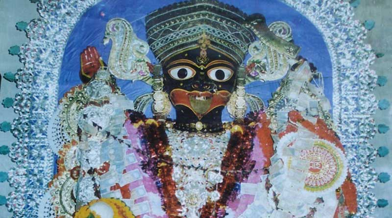 Once worshipped by 'dacoits' Bankura Kali temple attracts devotees