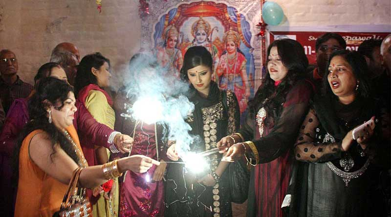 People of Hindu faith celebrate Diwali in Pakistan