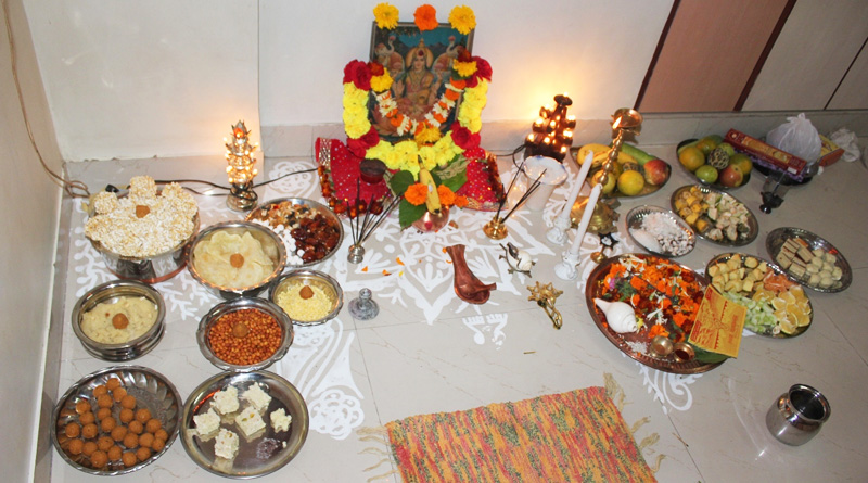Never do these things during Lakshmi Puja this Diwali