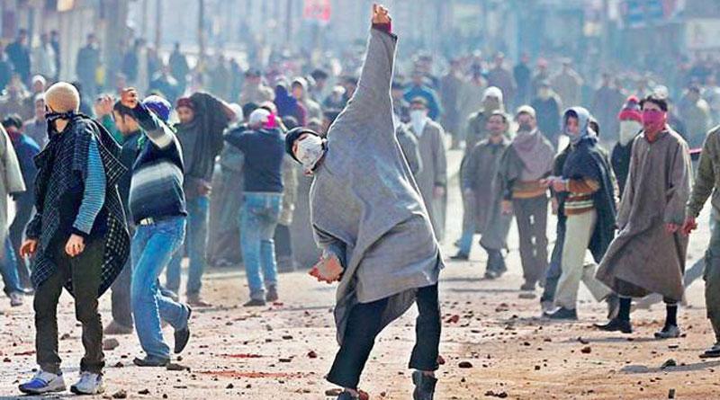 No govt jobs, no passport clearance: Kashmir Crackdown on stone Pelters | Sangbad Pratidin