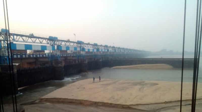 Durgapur barrage is empty, repairing work is being done on war footing