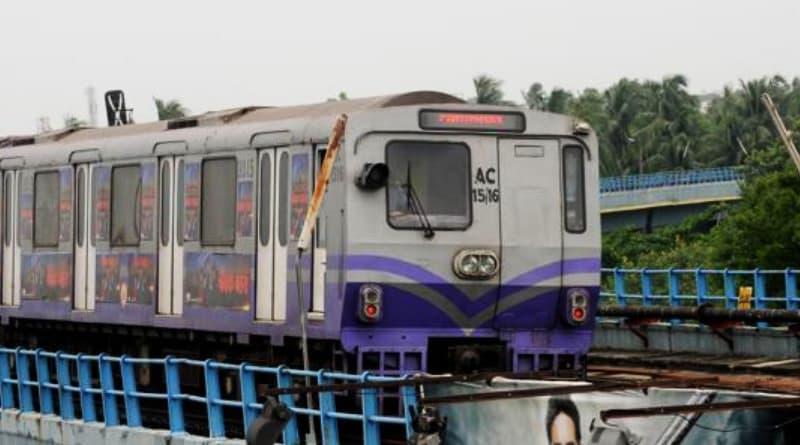 Swanky ads, luxury stores to boost Kolkata Metro earning