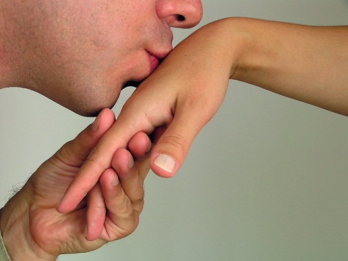 What-is-Hand-kiss-and-How-to-Do