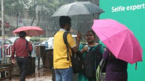Heavy rains to lash West Bengal on Sunday, says MeT | Sangbad Pratidin