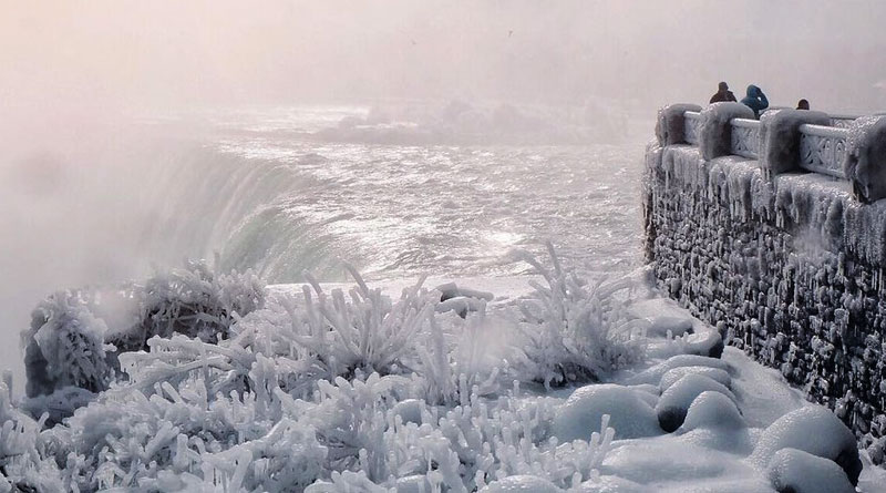 See the pics of frozen Niagara Falls, it's magical