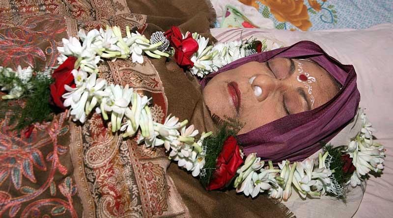 The last journey of veteran bengali actress Supriya Devi