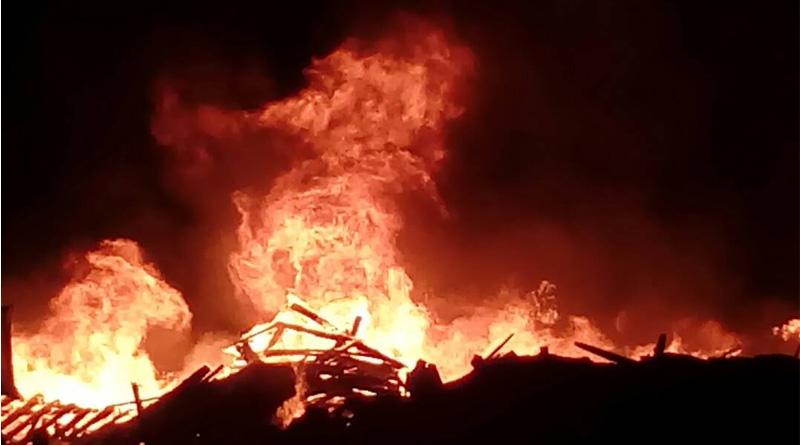 Fire breaks out in Kolkata building