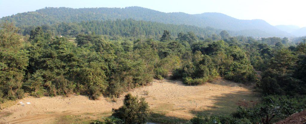 sath gurung nodibangla-jharkhand diye boye chola (2) (1)