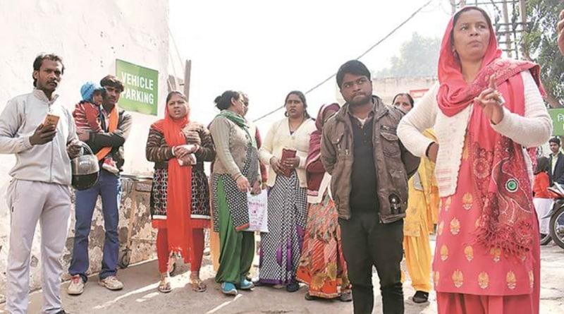 No Aadhaar, no treatment, woman gives birth outside Gurgaon hospital