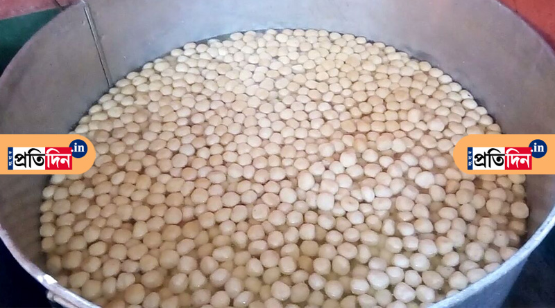 Kirnahar: People celebrate GI status of Rasgulla With 22 Thousands Sweets