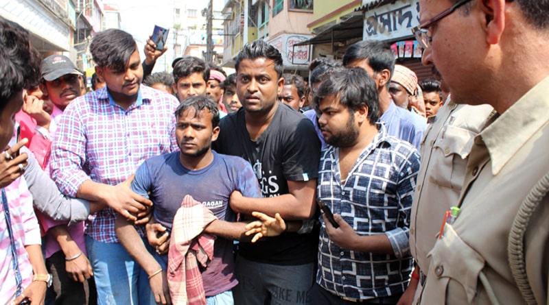 Traffic cop thrashes cyclist in Rampurhat