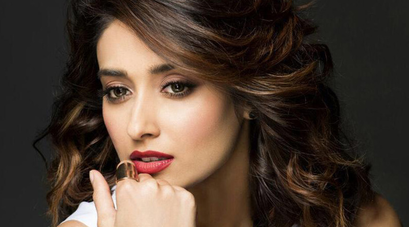 Breaking casting couch omerta can end carrier:  Ileana D'Cruz