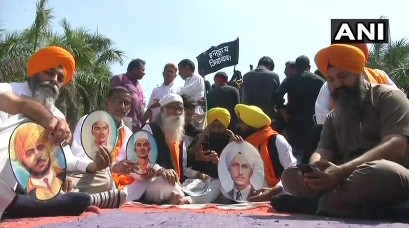 Family members seek national martyr status for Bhagat Singh, Rajguru and Sukhdev