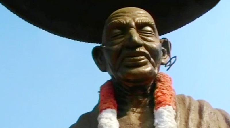 After Lenin, Periyar, now Mahatma Gandhi's Bust desecrated in Kannur